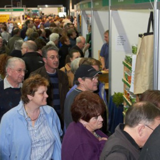 The edible garden show crowd